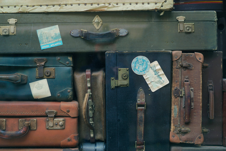 store big suitcases