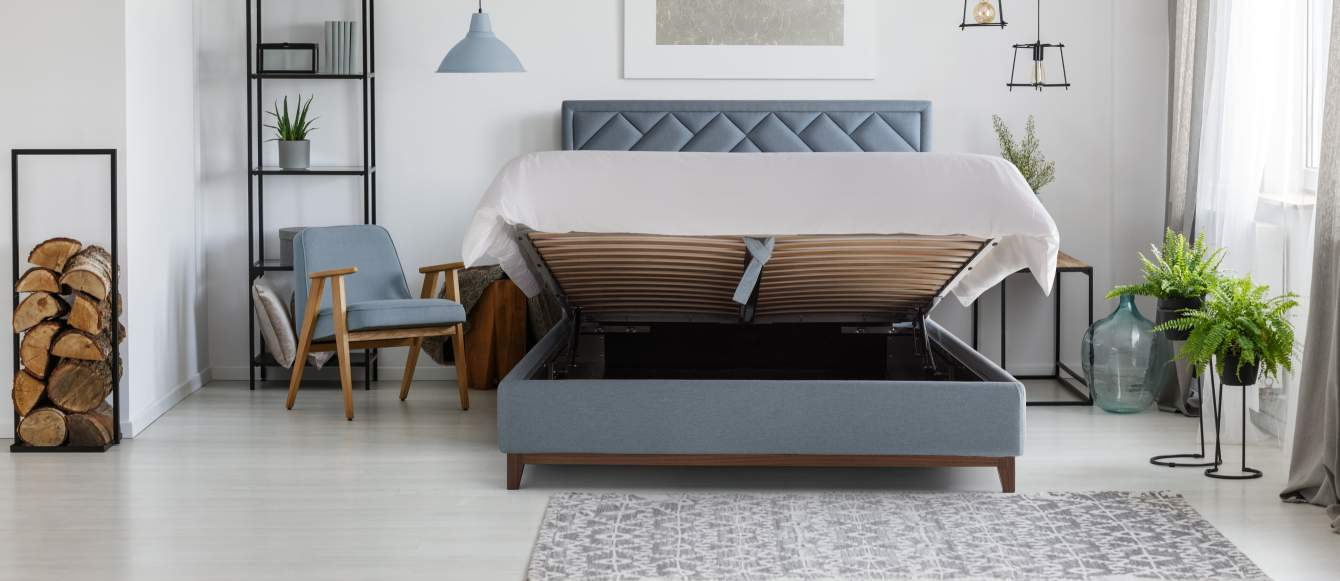 Picture of: Lift Up Storage Beds Use The Storage Under Your Bed