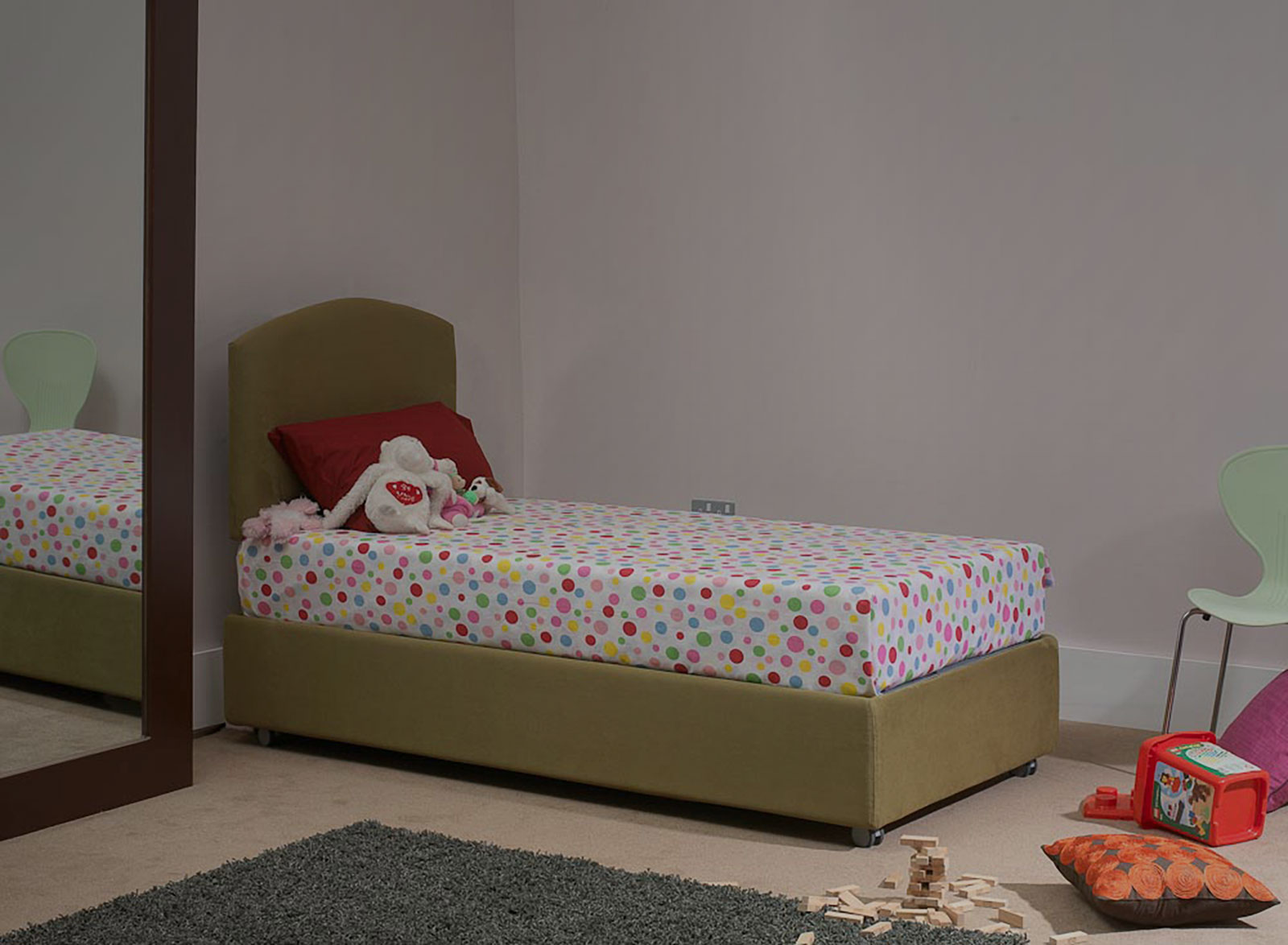 Single Beds with storage